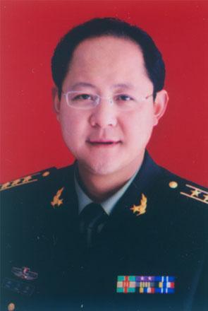 孙兴伟,长垣县委常委、县人武部政委